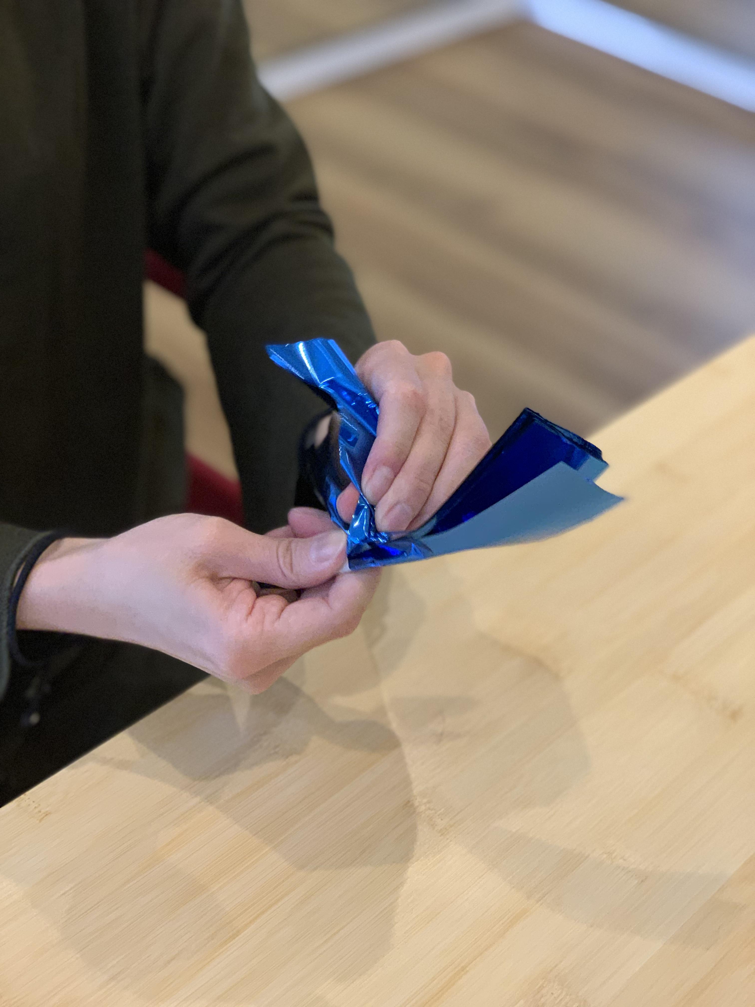 ポンポン 作り方 スズラン テープ